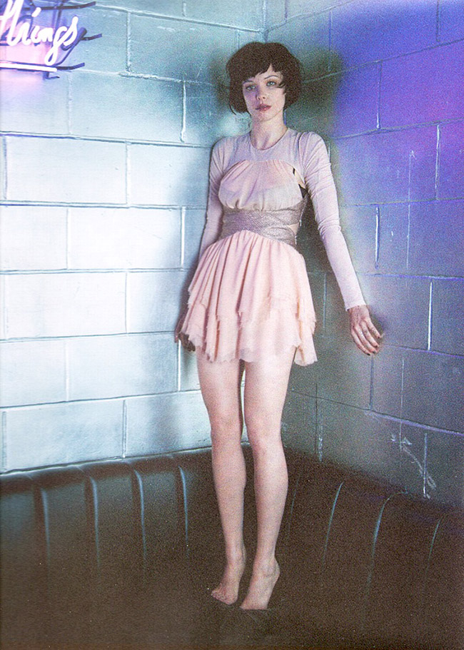 Alice-Glass-Feet-691815
