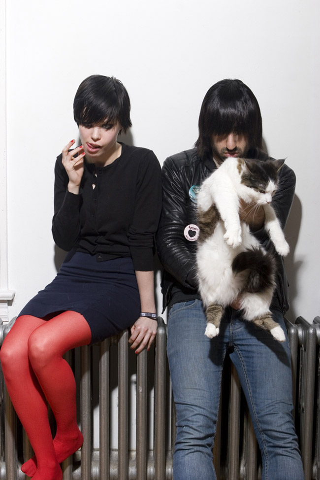 crystal-castles-pic13