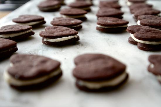 honey-kennedy-shutterbean-heart-sandwich-cookie
