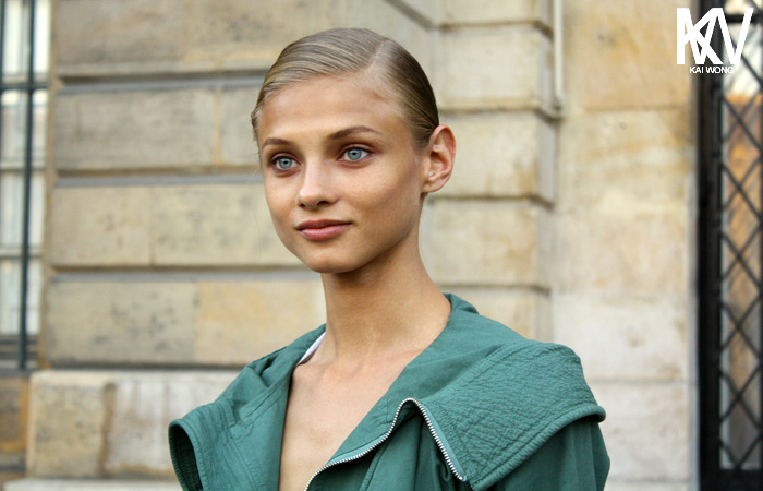 anna selezneva versace haute couture paris fashion week