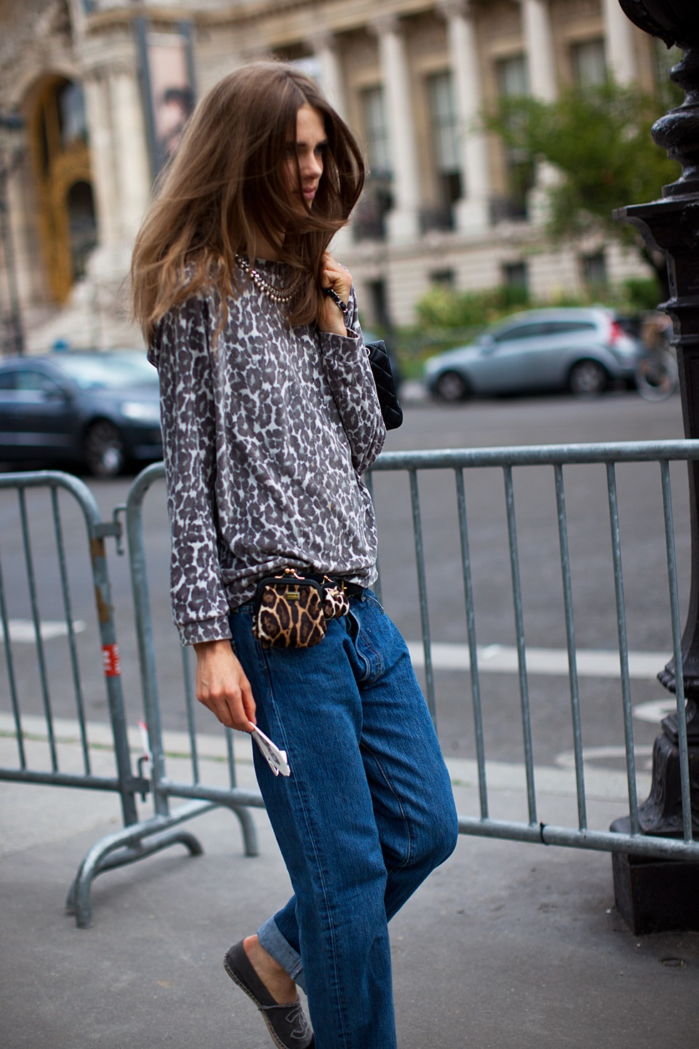 la-modella-mafia-leopard-on-leopard-with-boyfriend-jeans-and-Chanel-espadrilles-via-carolinesmode
