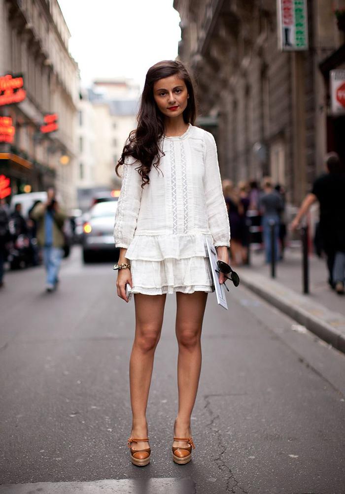 street-style-red-lips-maryjane-heels