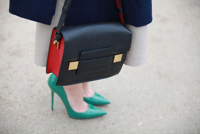 Paris-FW-AW13-street-look-navy-black-red-bag-green-heels-by-Saskia-Lawaks