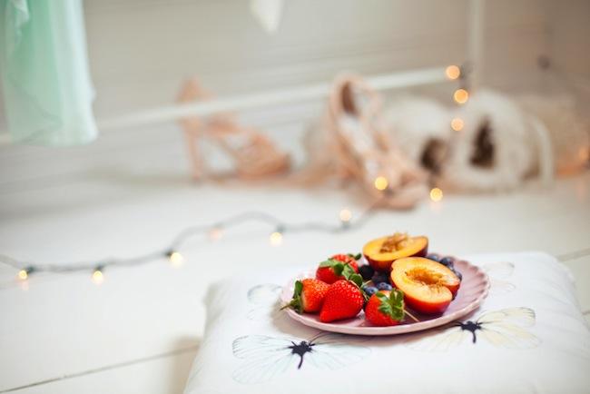 Plato frutas vestidor