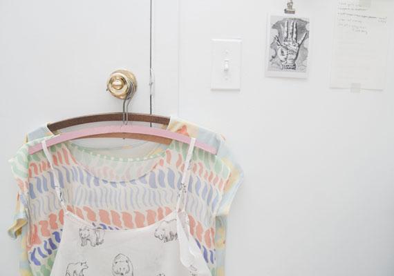 featuredshop_leahgoren_illustrations_handmade_accessories_scarves_dresses_watercolor_017
