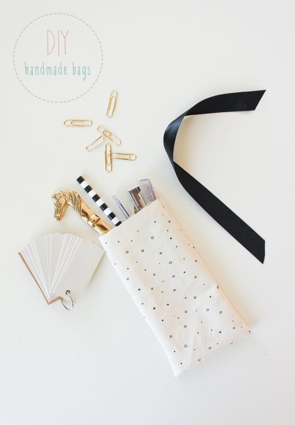 hand_drawn_fabric_favor_bags_5